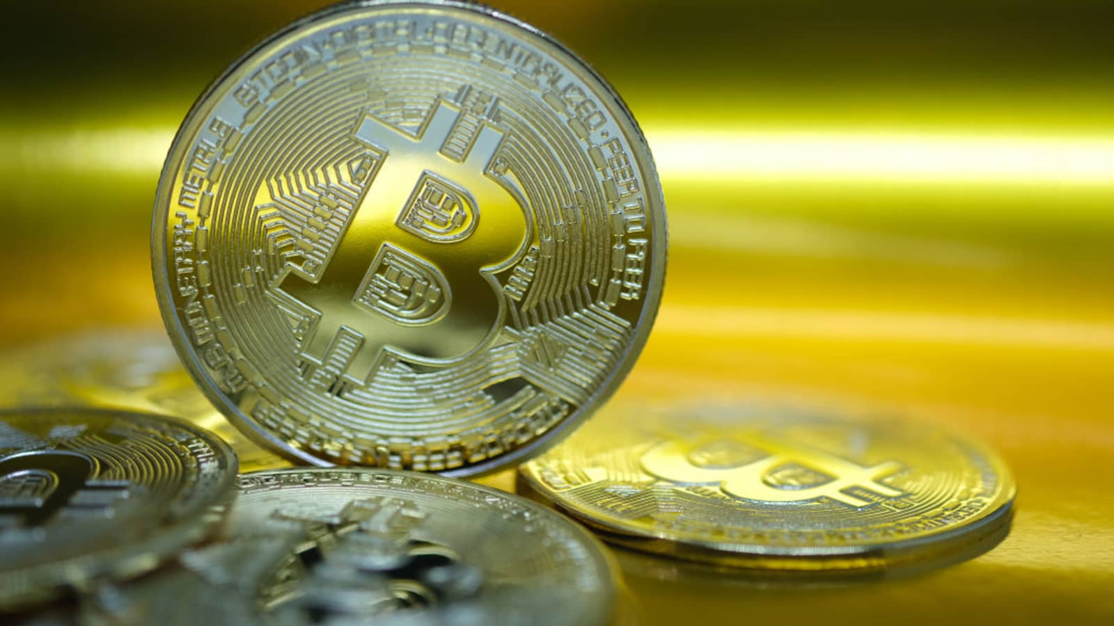 Average Investor Would Have Made More Than £8k Buying and Selling Bitcoin at the Most Popular Times This Year