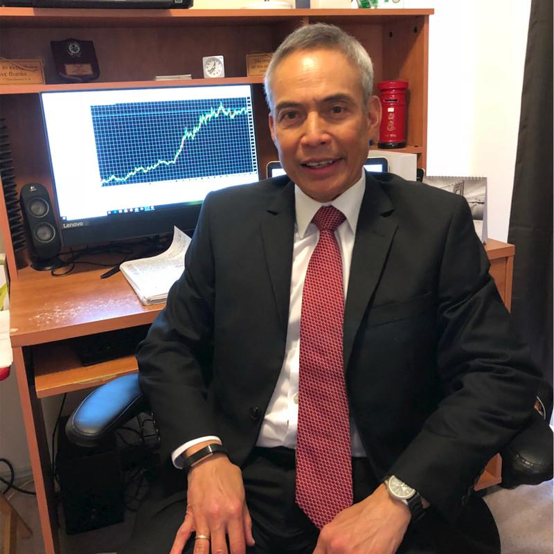Kiwi Soars, RBNZ Nods Rate Rise; Dollar Slides, Fed Sticks to Script