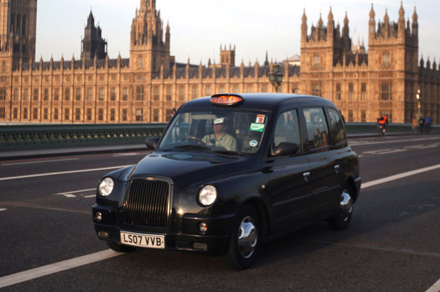 75 per cent say black cabs should accept contactless payments