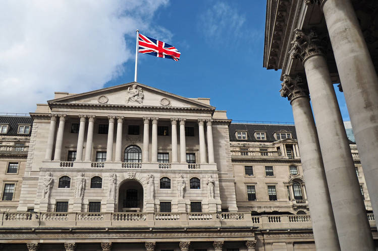Bank of England Opens Bidding For Cloud Partner