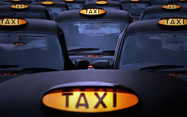 London Taxis Drive to Cashless Society